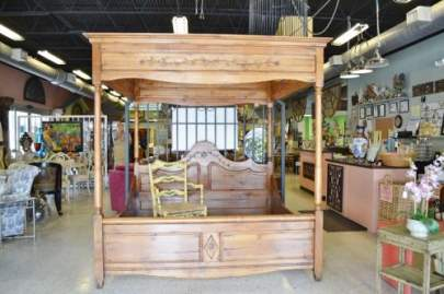 King size handcarved solid pine canopy bed
